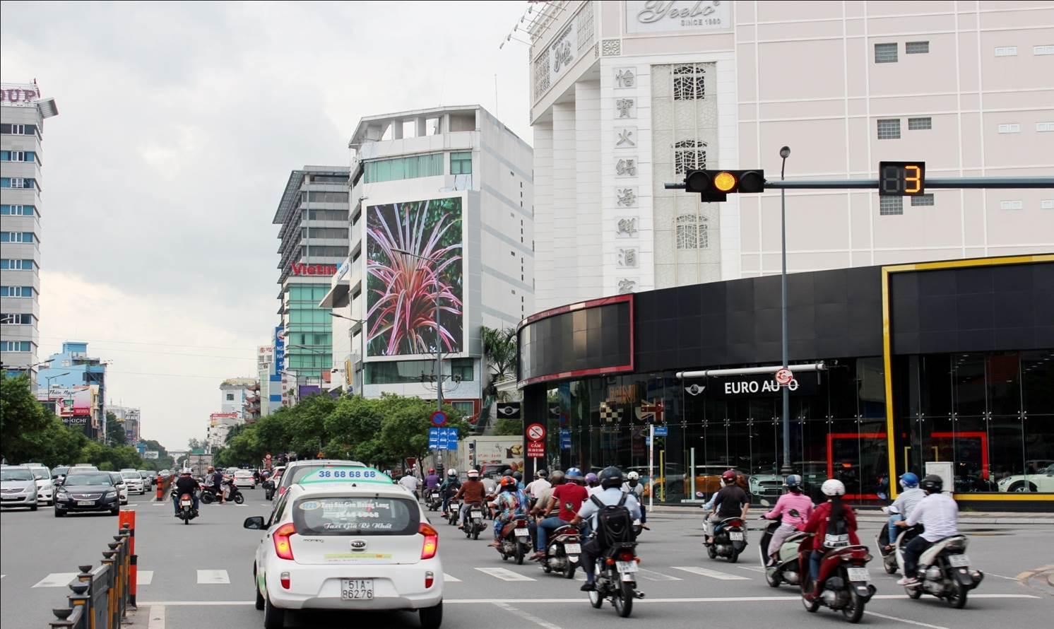 Booking Man Hinh Led Nguyen Van Troi - Phu Nhuan. Ms Yen: 0908513641  BVAD